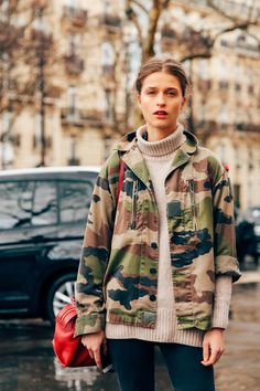 Best Street Style - Paris Fashion Week Fall 2016 | Teen Vogue