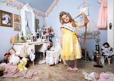 Photographer Jonathan Hobin Portrays Children Re-Creating The World Most Infamous Tragedies