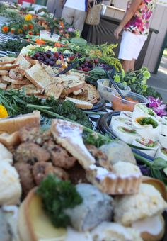 Organize your spread with LBP's catering solutions