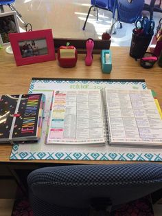 Love the way this fab teacher organized her #eclessonplanner