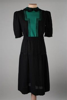 Austerity wedding dress, Miss Voost, 1947.  Rotterdam Museum 40s black green dress day wear