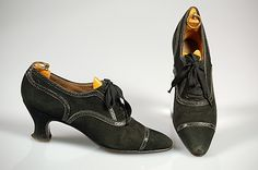 1927, United Kingdom - Leather oxfords by Thomas