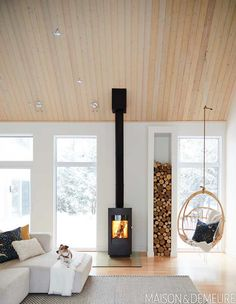 in Trois-Rivières! Congrats 💫 to designer for winning second place Web Contest for the favourite home of How much more cozy can you get ? 🔥 Photographer Featured in in February 2019 Design: Andréanne Allard via Scandinavian Fireplace, Scandinavian Home, Home Fireplace, Fireplace Design, Wood Burner, Cottage Interiors, Home Living Room, Sweet Home, New Homes