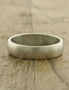 Love this men's wedding band