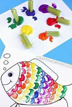 Celery Stamping Rainbow Fish Craft for Kids. - - Celery Stamping Rainbow Fish Craft for Kids. Celery Stamping Rainbow Fish Craft for Kids. Rainbow Fish Crafts, Ocean Crafts, The Rainbow Fish, Rainbow Fish Eyfs, Rainbow Fish Activities, Rainbow Fish Story, Hawaiian Crafts, Kids Rainbow, Under The Sea Crafts