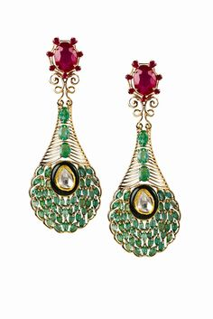 Ruby and Emerald Peacock Feather Earrings Indian Earrings, Feather Earrings, Indian Jewelry, Art Deco Diamond, Diamond Jewelry, Antique Jewelry, Vintage Jewelry, Fantasy Jewelry, Temple Jewellery