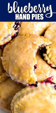 This easy, delicious blueberry hand pie recipe uses blueberry filling. After baking, add a sweet glaze for a favorite mini treat that everyone will love. Blueberry Hand Pies Recipe, Blueberry Desserts, Just Desserts, Fried Fruit Pies Recipe, Fruit Empanadas Recipe, Easy Blueberry Pie, Blueberry Cobbler, Easy Pie Recipes, Tart Recipes