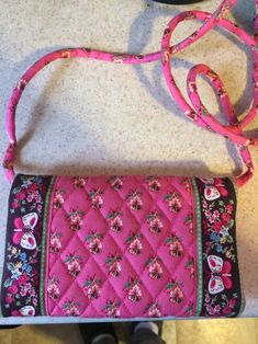 Vera Bradley Pink Pansy Crossbody fabric handbag retired pattern Butterflies Velcro closure Trifold Wallet Purse gift for her Vintage Gifts, Etsy Vintage, Vintage Shops, Vera Bradley Tote, Vera Bradley Handbags, Vera Bradley Patterns, Fabric Handbags, Pansies, Purse Wallet