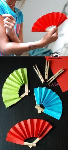 cadeau pour la fête des mères à fabriquer, créer un éventail avec pinces à linge et papie coloré