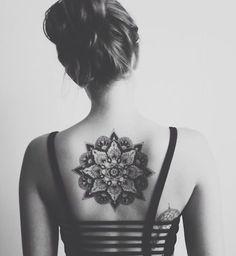 Un mandala dans le dos