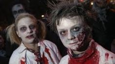 How to make a kid's zombie costume for Halloween Halloween Zombie, Halloween Kostüm, Holidays Halloween, Halloween Makeup, Zombie Walk, Zombie Girl, Scary Kids Costumes, Creative Halloween Costumes, Zombie Costumes