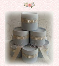 Souvenirs Cajitas Shabby Chic Casamiento 15 Años Eventos - $ 420,00 Cajas Shabby Chic, Baby Shower, Ideas Para Fiestas, Napkin Rings, Wedding Gifts, Decoupage, Diy And Crafts, Wraps, Gift Wrapping