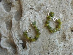 Peridot hammered sterling silver earrings by KANDYLEES on Etsy