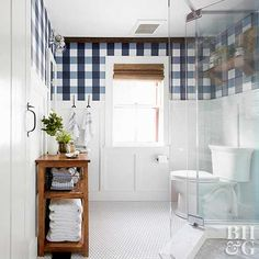 A historic home doesn't have to sacrifice contemporary style. One homeowner used creative, DIY solutions to renew her vintage farmhouse bath and bring it into the modern age.