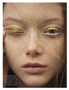 Sara Grace Wallerstedt by Karim Sadli for Vogue Italia January 2018 // gold eyeshadow // white eyeliner Makeup Trends, Makeup Inspo, Makeup Art, Makeup Inspiration, Makeup Tips, Makeup Ideas, Clown Makeup, Halloween Makeup, Style Inspiration