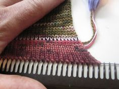 Superba Knitting™: Review Of Cast On Methods For Home Knitting Machines. ©Patrick Madden