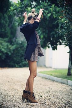 Transition summer dresses to fall by adding cute blazer/cardigan and chunky booties!