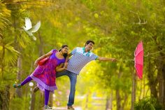 how much do indian wedding photographers charge Indian Wedding Album Design, Indian Wedding Pictures, Wedding Couple Photos, Outdoor Couples Photography, Couple Photography Poses, Photography Ideas, Pre Wedding Shoot Ideas, Pre Wedding Poses, Couple Picture Poses