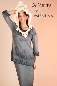So Valentina luxury woman fashion apparel Made in Italy brand.  So Valentina brand di abbigliamento moda femminile 100% Made in Italy Lusso  Every creation is cradled by knowledgeable hands.  Ogni pezzo viene cullato dalle sapienti mani.