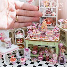 Rosa Kuchen Pops handgefertigte Miniatur-Essen von ParisMiniatures