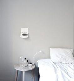 The perfect gray color Jotun/lady antikgrå och kulörkod är Comfort Gray, White Bedroom, Interior, Interior Inspiration, Grey Walls, Home Decor, Bedroom Inspirations, Bedroom Decor, Bedroom