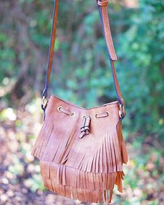 Do you have a fringe bag yet for your fall wardrobe? Well we have many to choose from here at the PD! Shop fringe bags in both stores! #fringebag #shopPD
