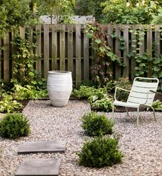 Pea gravel path with pavers.
