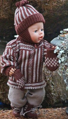 Wish this was a child size pattern !  Knit doll clothes with Maalfrid Gausel design