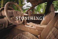 Stonehenge, RDV, exposition du 11 juin au 23 juillet 2016. Dans sa volonté de soutenir la création contemporaine d'artistes émergents, RDV invite quinze artistes récemment diplômés de l'Esba TALM et de l'ESBA Nantes Métropole pour une exposition collective.