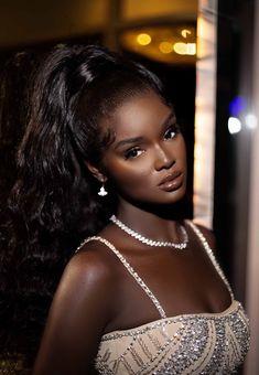 Beautiful Dark Skinned Women, Beautiful Black Girl, Pretty Black Girls, Dark Skin Beauty, Hair Beauty, Brunette Beauty, Maquillage Black, Brown Skin Girls, Black Girl Aesthetic