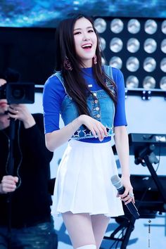 Look at her big smile. YG, do not mess this up!