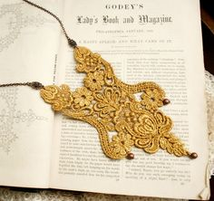 lace necklace MARCHESSCA metallic  tinaevarenee on Etsy   #lace #gold