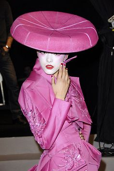 Dior Haute Couture Dior copied their own 50s fashion totally - even the hat - Great !!