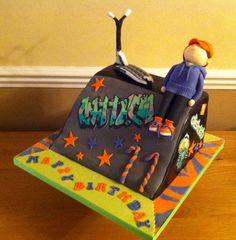 Scooter cake! Kids Scooter, Scooter Girl, 9th Birthday, Birthday Parties, Birthday Cakes, Birthday Ideas, Custom Honda Ruckus, Skateboard Cake, Scooter Custom