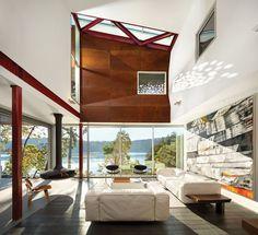 La facciata di ruggine di questa casa è in mostra per l'interno e, ovunque si…