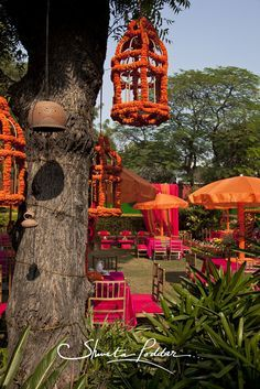 Looking for latest Outdoor Wedding Decorations? Check out the trending images of the best Indian Outdoor Wedding Decoration ideas. Indian Wedding Decorations, Wedding Themes, Flower Decorations, Wedding Designs, Wedding Ideas, Outdoor Decorations, Sea Decoration, Stage Decorations, Wedding Colors