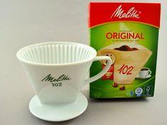 Vintage Kaffee Filter Handfilter aus Keramik Porzellan 3 Loch Melitta 102 60er Jahre, Porzellanfilter, Filterhalter, mid century, von ShabbRockRepublic auf Etsy