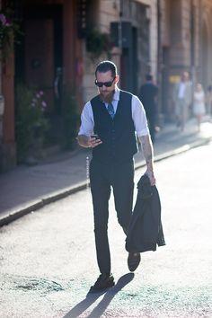Justin O'Shea in a three piece Stylish Mens Fashion, Mens Fashion Blog, Latest Mens Fashion, Mens Fashion Shoes, Boy Fashion, Fashion Outfits, Style Fashion, Justin O'shea, Bearded Tattooed Men
