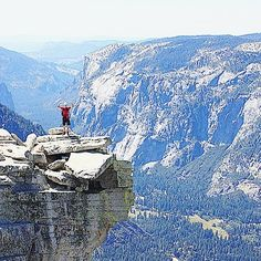 Like this view over #Yosemite Valley? Traveling there this summer? You have until the end of this month to apply for a climbing permit to Half Dome where this photo was taken.  This is from August 2013 when I climbed the Dome with Iiro (photographer) and Aki (pictured). I was too afraid of heights to get this close to the 15km drop to the valley floor.  #yosemite #nationalpark #kansallispuisto #halfdome #hiking #patikointi #vaellus #outdoors #travel #matka #reissu #nordicnomads #wanderlust…