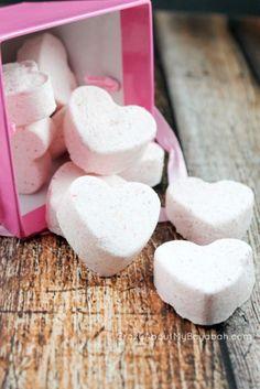 DIY  Valentine Bath Bombs