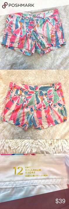 Lilly Pulitzer Multi Out To Sea Callahan Shorts EUC, only worn once, Lilly Pulitzer Callahan Shorts in the print Multi Out To Sea. Smoke free home. Any offer 50% or less than the list price will be automatically declined. Lilly Pulitzer Shorts