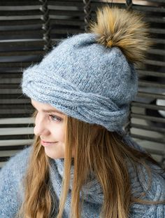 Ravelry: Frosty Waves Hefte/E-book pattern by Hilde Sørum Wave Design, Mittens, Ravelry, Winter Hats, Waves, One Piece, Book, Pattern, Stuff To Buy
