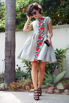 OMG....this is by far one of my favorite dresses I've seen in a while....@  Shareen's...a vintage shop in LA.