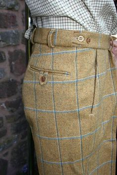 Design your own Custom Tailored Garments Jackets, Suits and Separates. Wide range of Tweed, Suiting and Coatings and Bespoke Options. Tweed Run, Tweed Jacket, Tweed Pants, Tweed Skirt, Sharp Dressed Man, Well Dressed Men, Style Masculin, Herren Style, Moda Do Momento