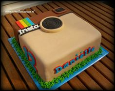 Instagram cake add her photos to the bottom, with a heart and 12 likes.
