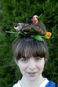Omg this is a perfect hair style for my daughters crazy hair day at school love it!