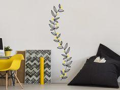 So gut wie selbstgemacht: sieht aus wie von Hand an die Wand gezeichnet: die Wandtattoo Ranke mit bunten Beeren
