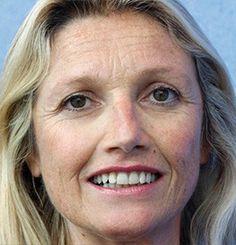 Pascale JOANNIN, DG, Fondation Robert Schuman, France, Economic Ideas 2013, 2014, EcoRévolutions 2015. Parallèlement au poste de direction qu'elle occupe à la Fondation, Pascale JOANNIN est membre du conseil scientifique des Ecorevolutions. Experte de l'Union européenne et de ses politiques, elle est l'auteur de plusieurs articles sur la condition des femmes au sein de l'Union européenne.