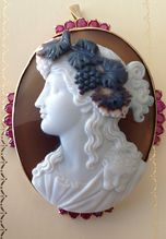 Hardstone Bacchante Cameo Brooch/Pendant With Rubies in 18K gold Mount