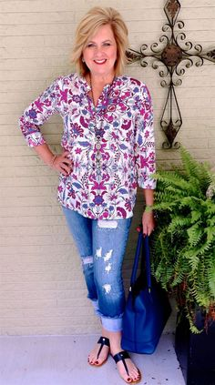50 is not old colorful print tunic distressed frayed jeans p 60 Fashion, Fashion For Women Over 40, Fashion Prints, Autumn Fashion, Fashion Outfits, Fashion Tips, Fashion Design, Fashion Stores, Cheap Fashion